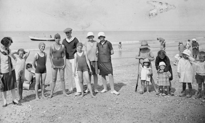 Saint aubin sur mer la plage dans les ann es 20 et 30 - Maillot de bain annee 30 ...
